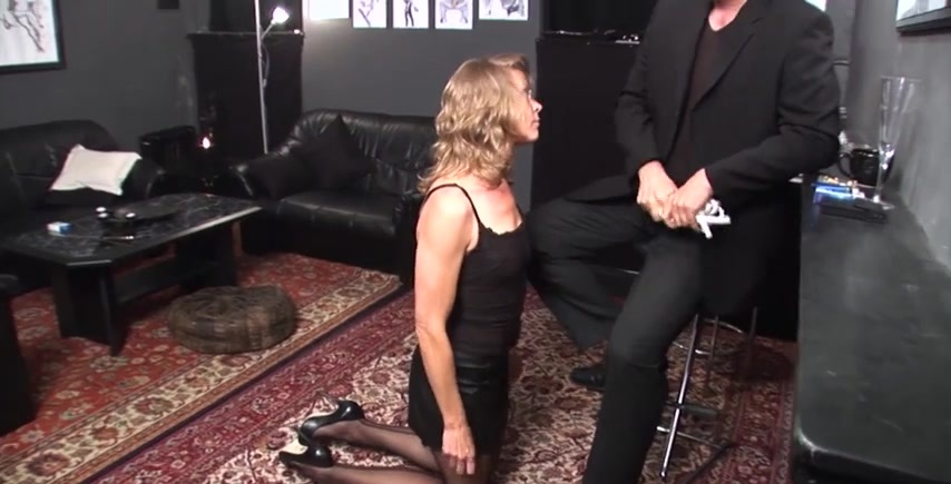 German - Amateur Blond - Give her what she needs&excl
