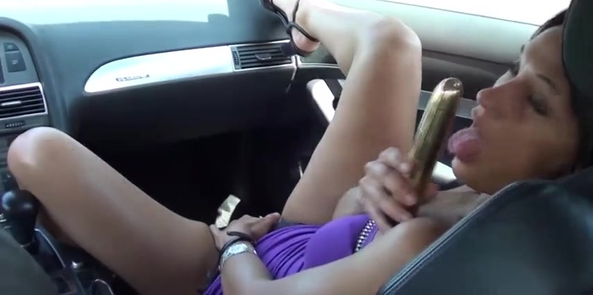 Uber Eats Driver Caught Masturbating In His Car Just After He Dropped Off Food